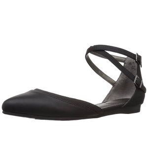 ✨LifeStride(NWT)  Women's Quincy Pointed Toe Flat✨